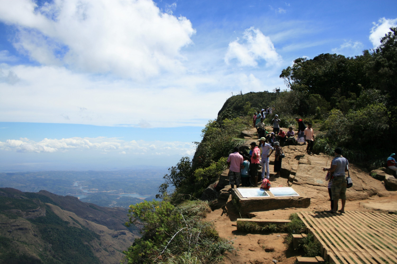 Hiking at Horton Plains National Park